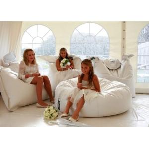 Кресло-мешки для свадьбы - новый тренд организаторов свадеб