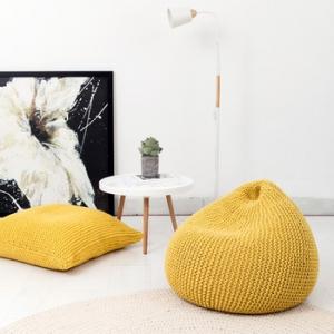 Вязанные кресло-мешки, как новый тренд в мировой бескаркасной индустрии мебели.