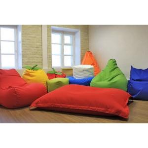 Как разместить компанию гостей, используя бескаркасную мебель