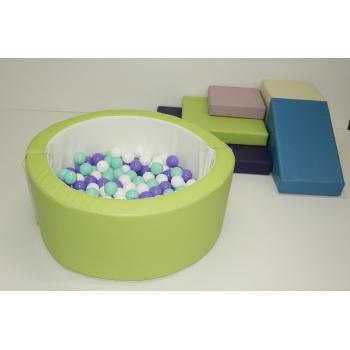 Игровой набор с горкой и бассейном TIA-SPORT